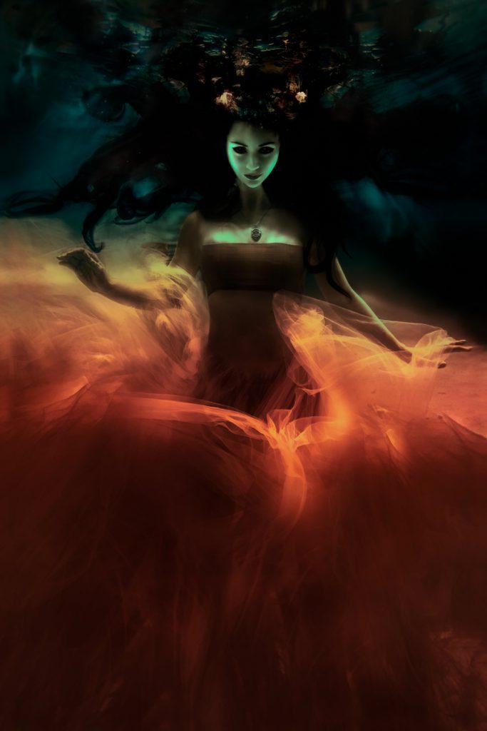 tatiana-lumiere-dark-magic
